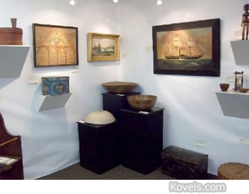 anitque show booth