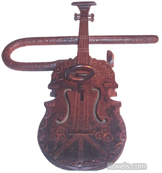 violin lock and key