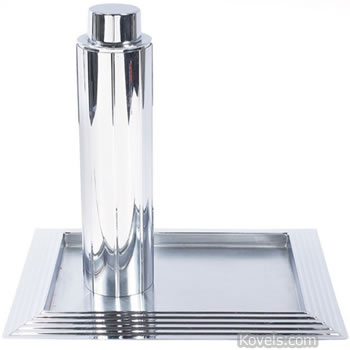Manhattan cocktail shaker and tray