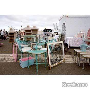 Spring Flea Markets Await