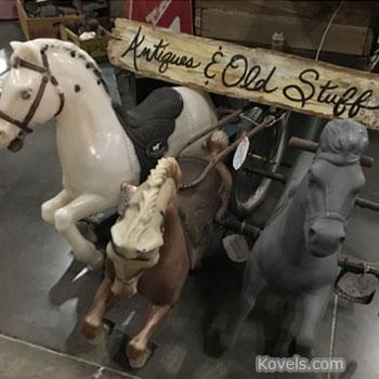 6 Great Indoor (and 1 Outdoor!) Flea Markets to Visit
