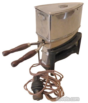 Hotpoint utility iron, c.1911