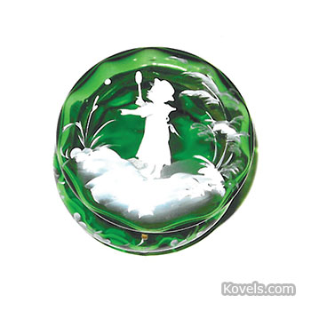 Mary Gregory glass round box