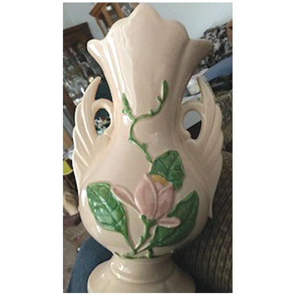 Hull Magnolia vase