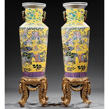 porcelain, chinese, vase, clobbered, famille, rose, pair