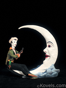 Pierrot Serenading the Moon automata