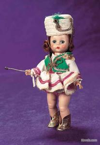 Doll, Madame Alexander-kinsDrum Majorette