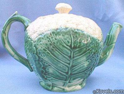 "Etruscan ""cauliflower"" teapot majolica"
