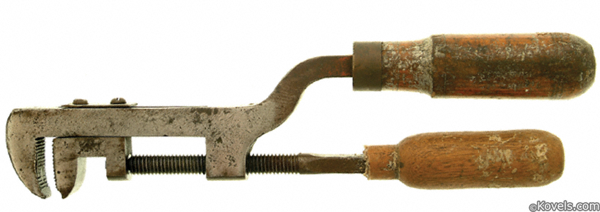 Uncommon screw-adjust pipe wrench tool