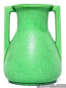 Vase, Teco, green, William Gates