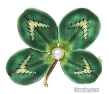 Four-leaf clover pin