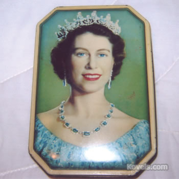 Queen Elizabeth candy tin