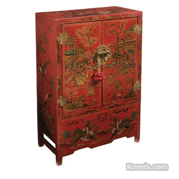 Chinese red lacquer-decorated cabinet