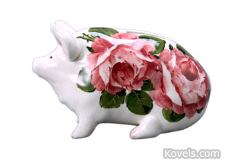 This Wemyss Ware pig is a 4-inch-high bank. It was offered for sale at Michaan's Auctions of Alemeda, Calif.